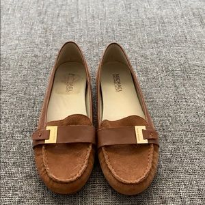 Michael Kors Camel Loafers